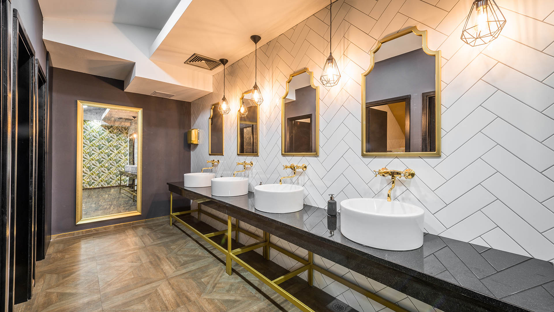 A stunning Commercial Bathroom Renovation with a classy and luxurious design by Renovahouse in Willoughby Sydney
