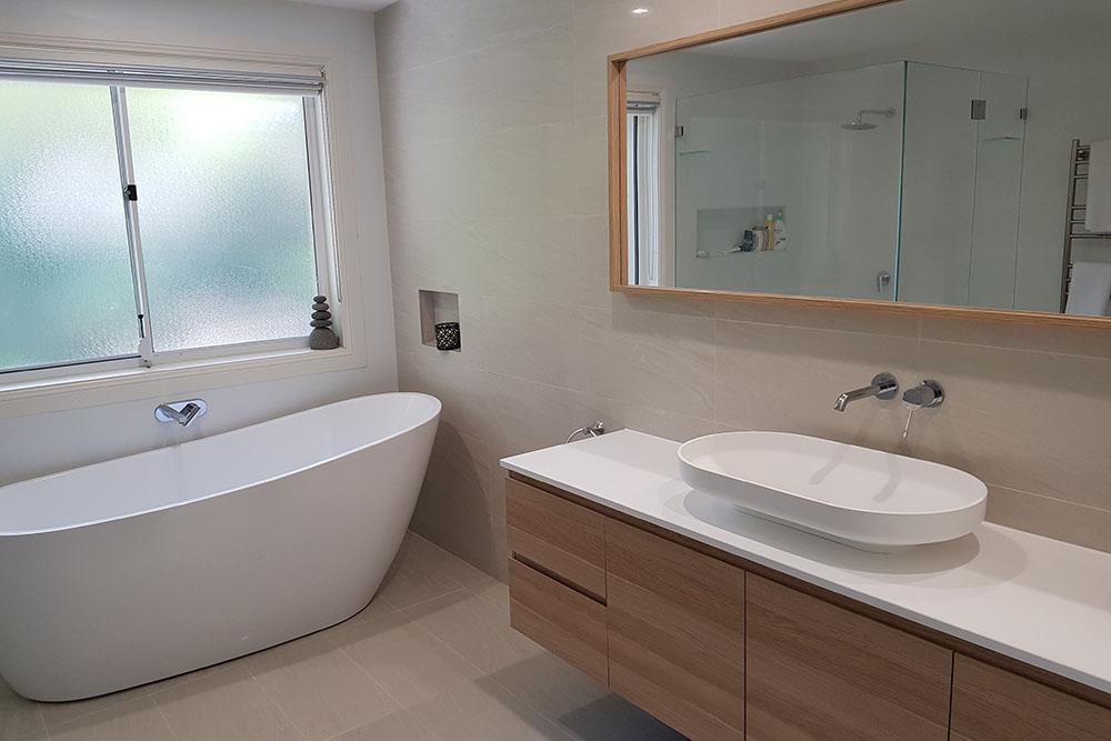 Stunning Bathroom in Killara on Sydney's Upper North Shore (image 1)